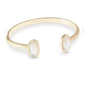 Elton Pinch Cuff Bracelet In Gold
